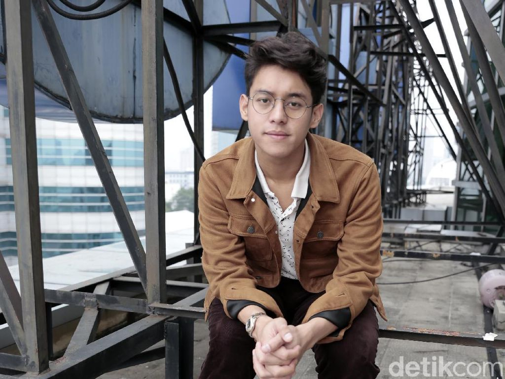 Ardhito Pramono Sebut Lagunya Sering Dipakai di TV Show Korea