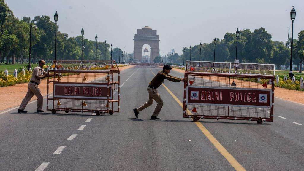 Lockdown 14 Jam, Suasana New Delhi Sepi Bak Kota Mati