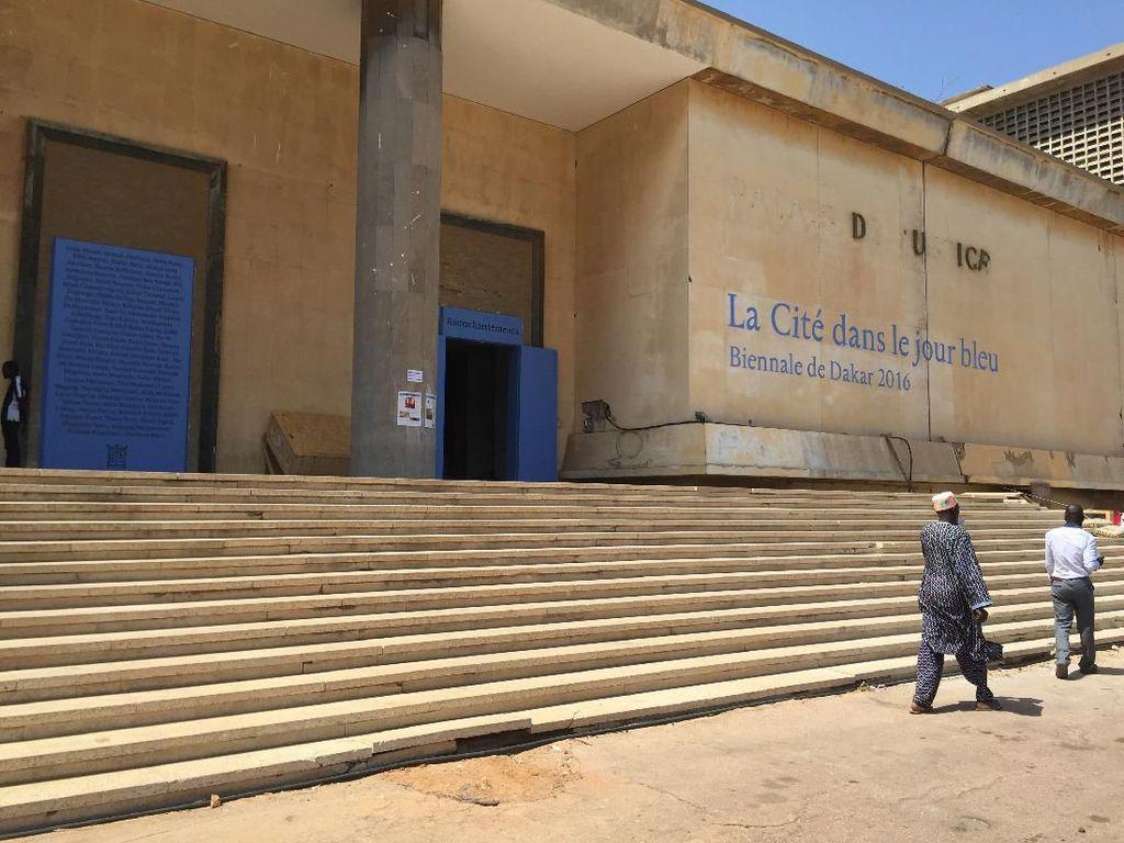 Virus Corona Masuk Afrika, 2 Pameran Seni Terbesar Terpaksa Ditunda