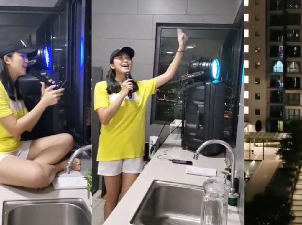 Hiburan Karantina Corona, Wanita Ini Gelar Konser di Meja Dapur!