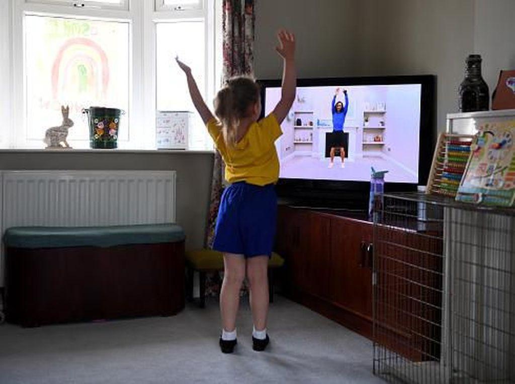 Stay At Home, Waktunya Jalin Komunikasi dengan Anak
