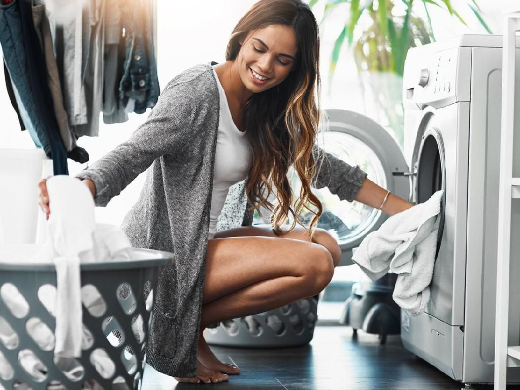 Wajib Tahu! Ini 4 Alasan Celana Dalam Disarankan Cuci Terpisah
