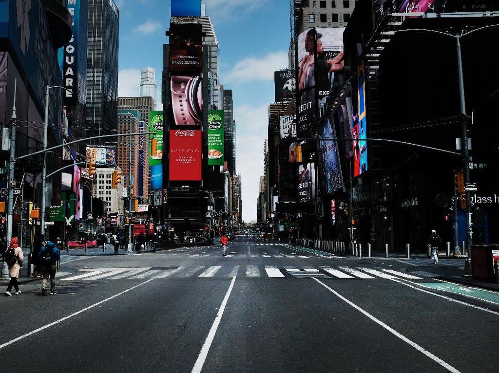 Tak Ada Keramaian Tahun Baru di New York Times Square