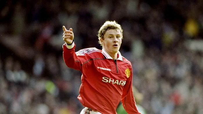 4 Mar 2000:  Ole Gunnar Solskjaer celebrates his goal for Manchester United during the FA Carling Premiership match against Liverpool at Old Trafford in Manchester, England. The game ended 1-1.  Mandatory Credit: Clive Brunskill /Allsport