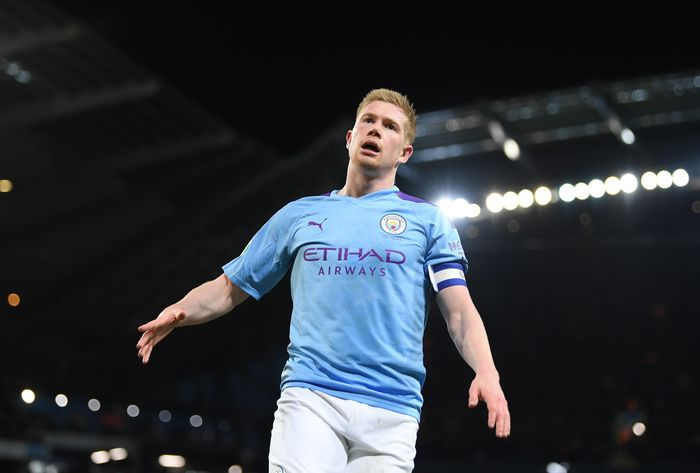 MANCHESTER, ENGLAND - JANUARY 29:  Kevin De Bruyne of Manchester City during the Carabao Cup Semi Final match between Manchester City and Manchester United at Etihad Stadium on January 29, 2020 in Manchester, England. (Photo by Shaun Botterill/Getty Images)