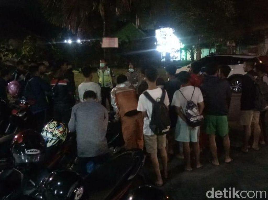 Kamis-Sabtu, Operasi Protokol Kesehatan Sasar Warung Hingga Kafe di Surabaya