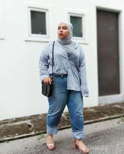 Inspirasi Hijab Fashion Untuk Tubuh Berisi Bisa Tetap Stylish