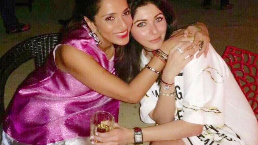 Momen Kulineran Kanika Kapoor, Penyanyi Bollywood yang Positif Covid-19