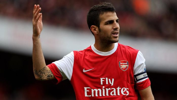 LONDON, ENGLAND - OCTOBER 30: Cesc Fabregas of Arsenal shows his frustration during the Barclays Premier League match between Arsenal and West Ham United at Emirates Stadium on October 30, 2010 in London, England.  (Photo by Clive Rose/Getty Images)
