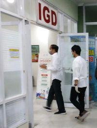 Presiden Jokowi saat tiba di rumah sakit
