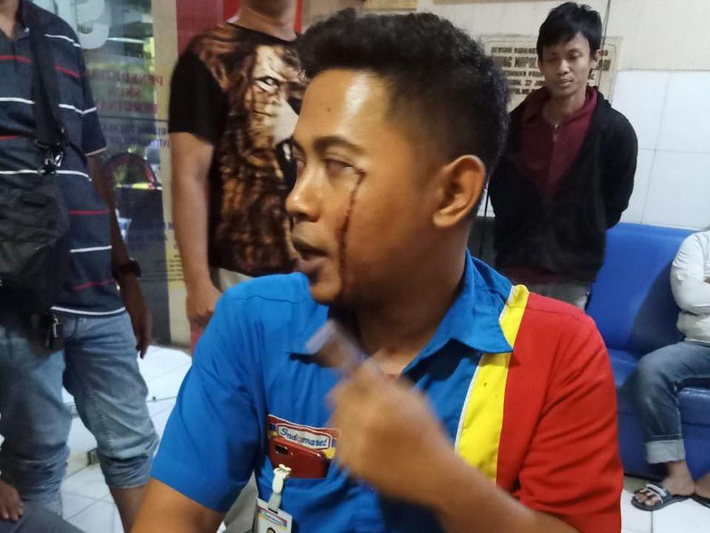 Ini Cerita Kasir Minimarket di Surabaya yang Gagalkan Perampokan Bersenjata