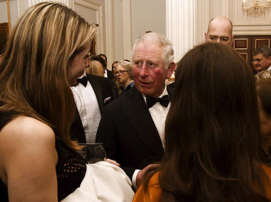 Keputusan Kerajaan Inggris Isolasi Pangeran Charles di Skotlandia Dikecam