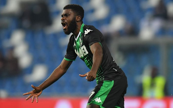REGGIO NELLEMILIA, ITALY - JANUARY 18:  Jeremie Boga of US Sassuolo  celebrates after scoring the 1-1 goal during the Serie A match between US Sassuolo and  Torino FC at Mapei Stadium - Città  del Tricolore on January 18, 2020 in Reggio nellEmilia, Italy  (Photo by Alessandro Sabattini/Getty Images)