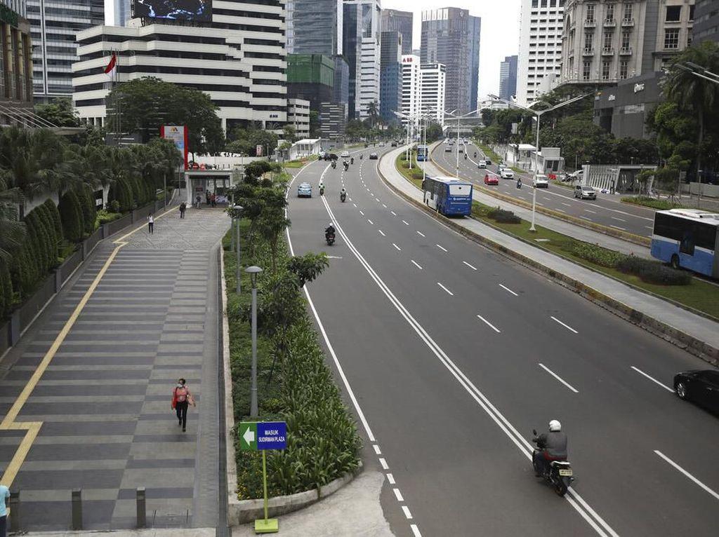 Respons Pengusaha ke Rencana Anies Perpanjang WFH di Jakarta