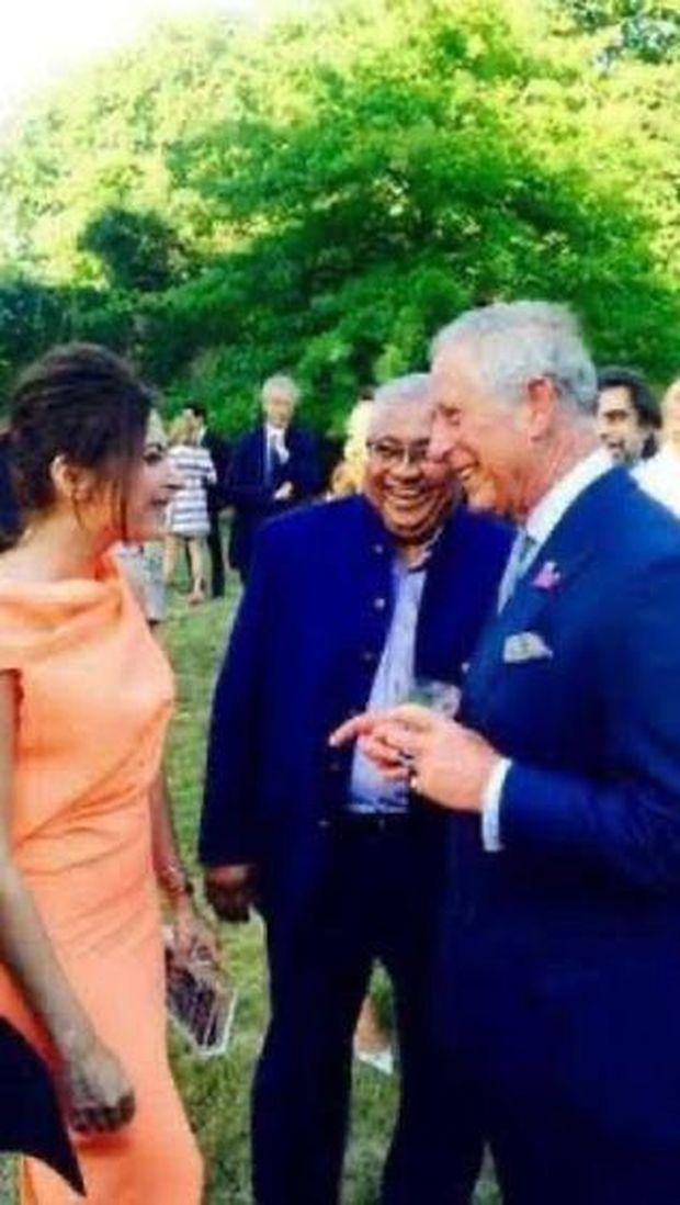 Pangeran Charles dan Kanika Kapoor