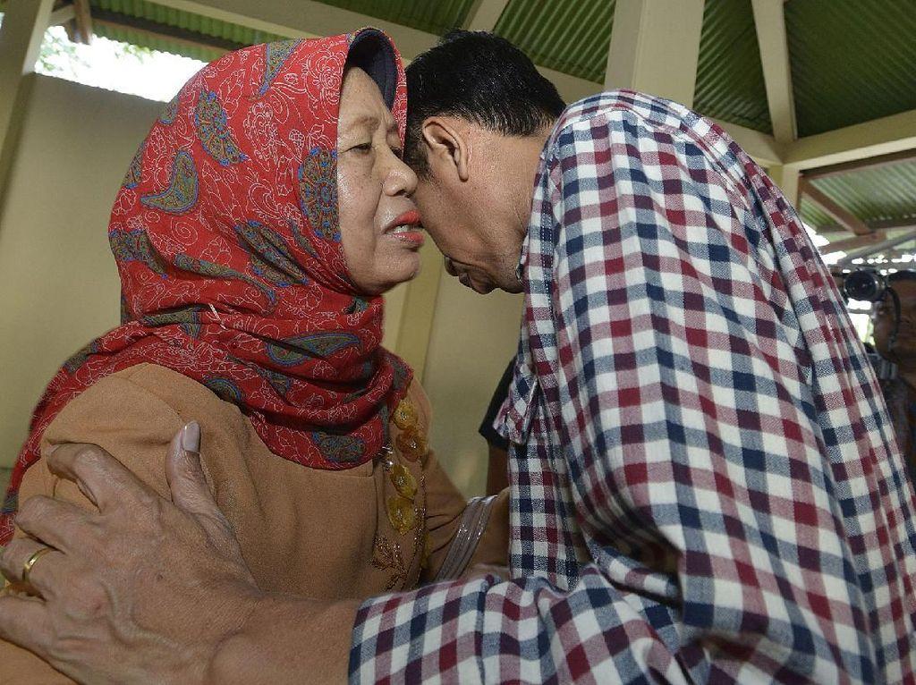 Panggilan Telepon Jokowi ke Ibunda Saat Akan Ambil Keputusan Penting