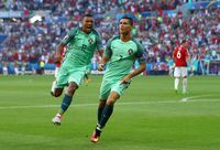 Nani dan Ronaldo yang juga sudah mempeersembahkan gelar Piala Eropa untuk timnas Portugal