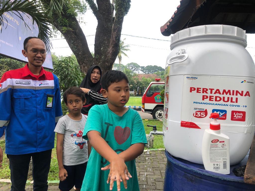 Cegah Corona, Pertamina Ajak Warga Surabaya Terapkan Hidup Bersih