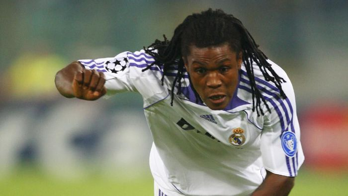 ROME - OCTOBER 03:  Royston Drenthe of Real Madrid during the UEFA Champions League Group C match between Lazio and Real Madrid at the Olympic Stadium on October 3, 2007 in Rome, Italy.  (Photo by Michael Steele/Getty Images)