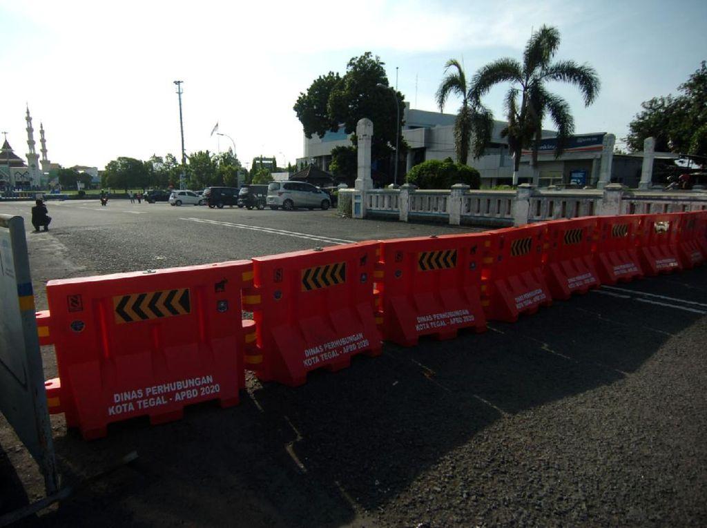 Video Jalan Pusat Kota Bandung Ditutup Sementara untuk Cegah Corona