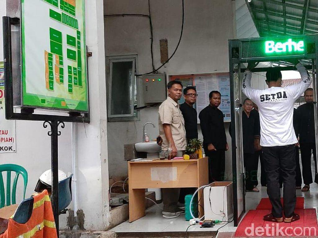 Dinkes Garut Bakal Pasang Bilik Desinfeksi di Kantor Pemerintahan