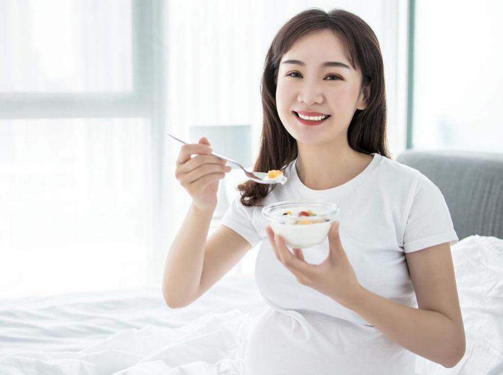 Ingat, Tak Semua Jenis Yoghurt Boleh Dikonsumsi Ibu Hamil