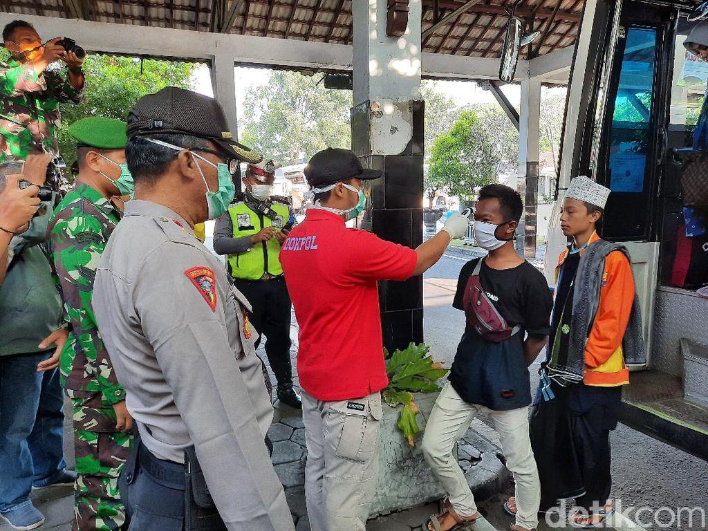 Seluruh Penumpang di Terminal Jombor Sleman Didata dan Diperiksa Polisi