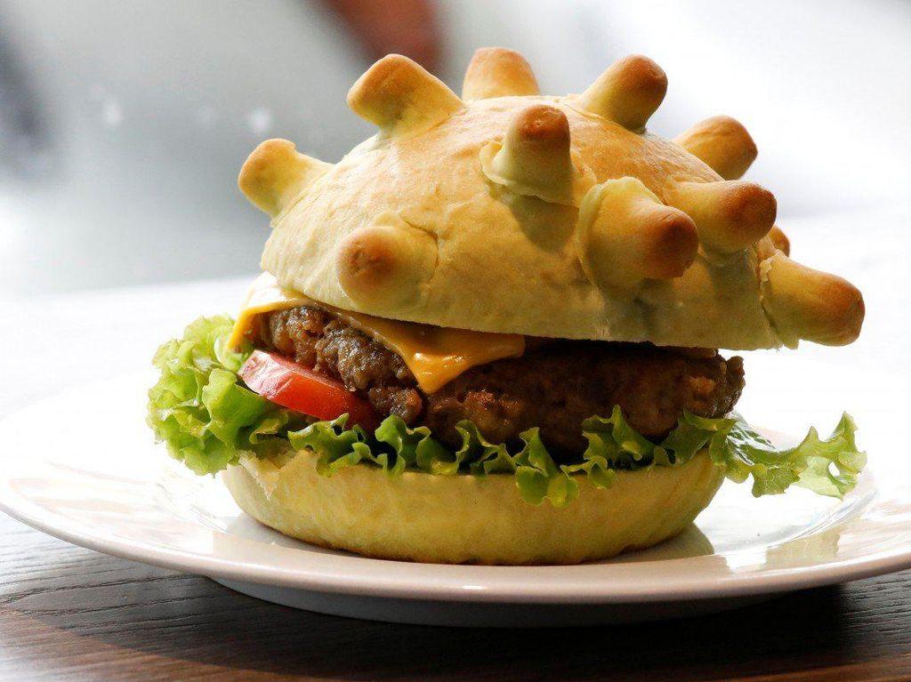 Burger Virus Corona Ini Laku hingga 50 Buah Sehari