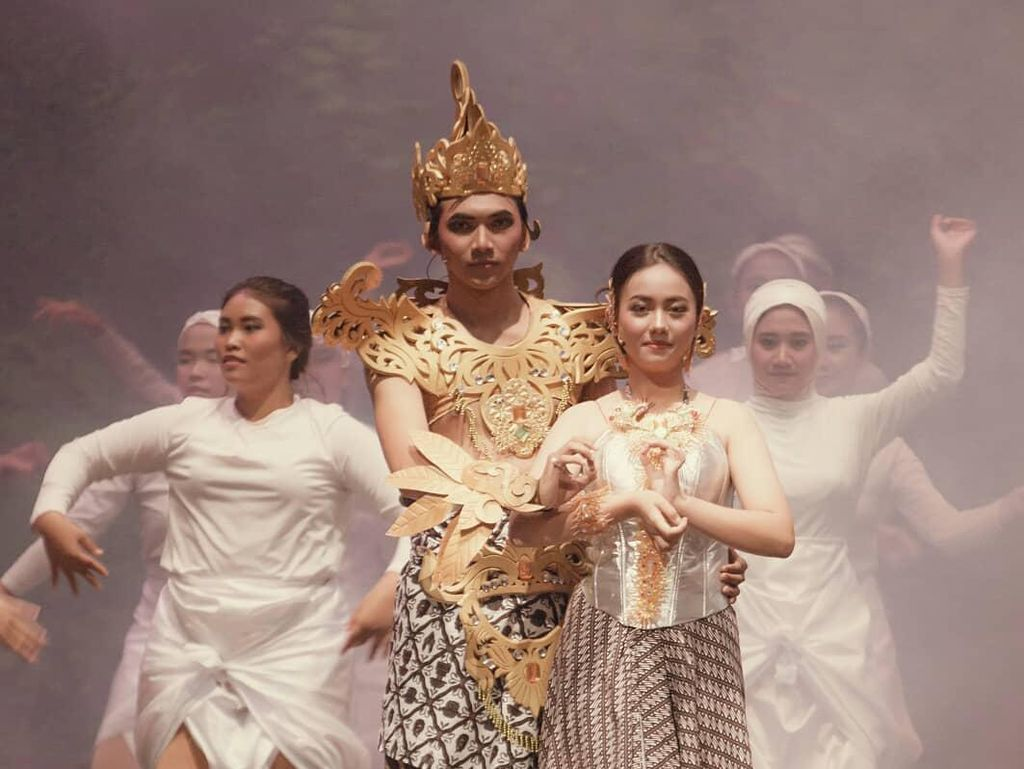 Teater Keliling Tunda Pertunjukan The Great Rahwana Jadi 12 Juni