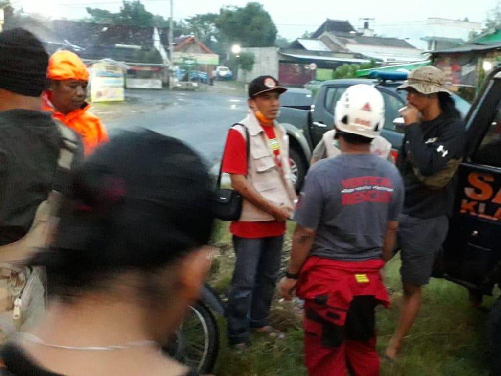 Seorang Remaja Hilang Diduga Sengaja Lompat ke Sungai Bengawan Solo