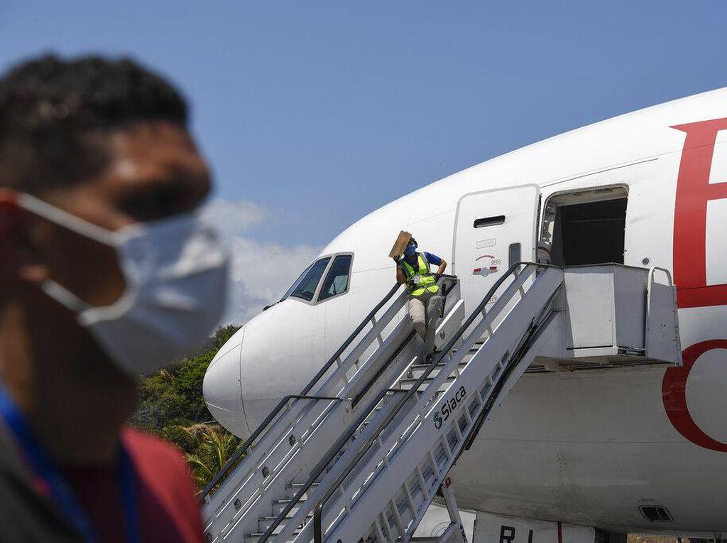 Ahli Jelaskan Potensi Penyebaran Virus Corona di Dalam Pesawat