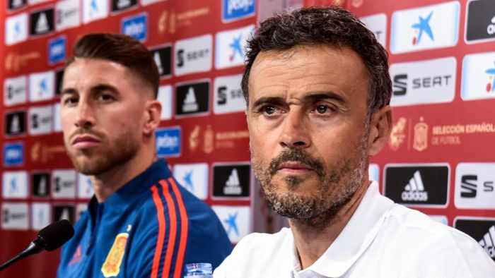 Spains national football team head coach Luis Enrique (R) and defender Sergio Ramos attend  a press conference at the Maksimir stadium in Zagreb on November 14, 2018 on the eve of the UEFA Nations League football match against Croatia. (Photo by - / AFP)