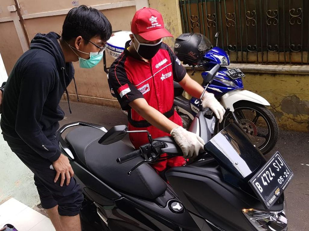 Nggak Usah ke Bengkel, Mekanik Yamaha Siap Servis Motor di Rumah