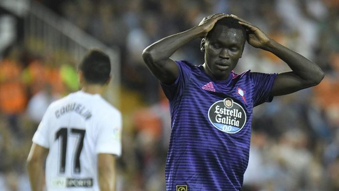 Celta Vigos Danish forward Pione Sisto gestures during the Spanish league football match Valencia CF against RC Celta de Vigo at the Mestalla stadium in Valencia on September 26, 2018. (Photo by JOSE JORDAN / AFP)