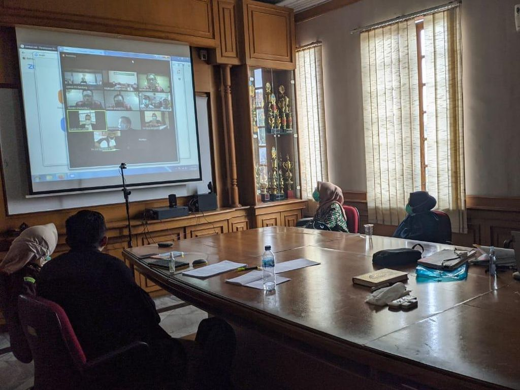 Gelar Sidang Virtual, Jaksa Boyong Saksi ke Kantor Kejari Bandung