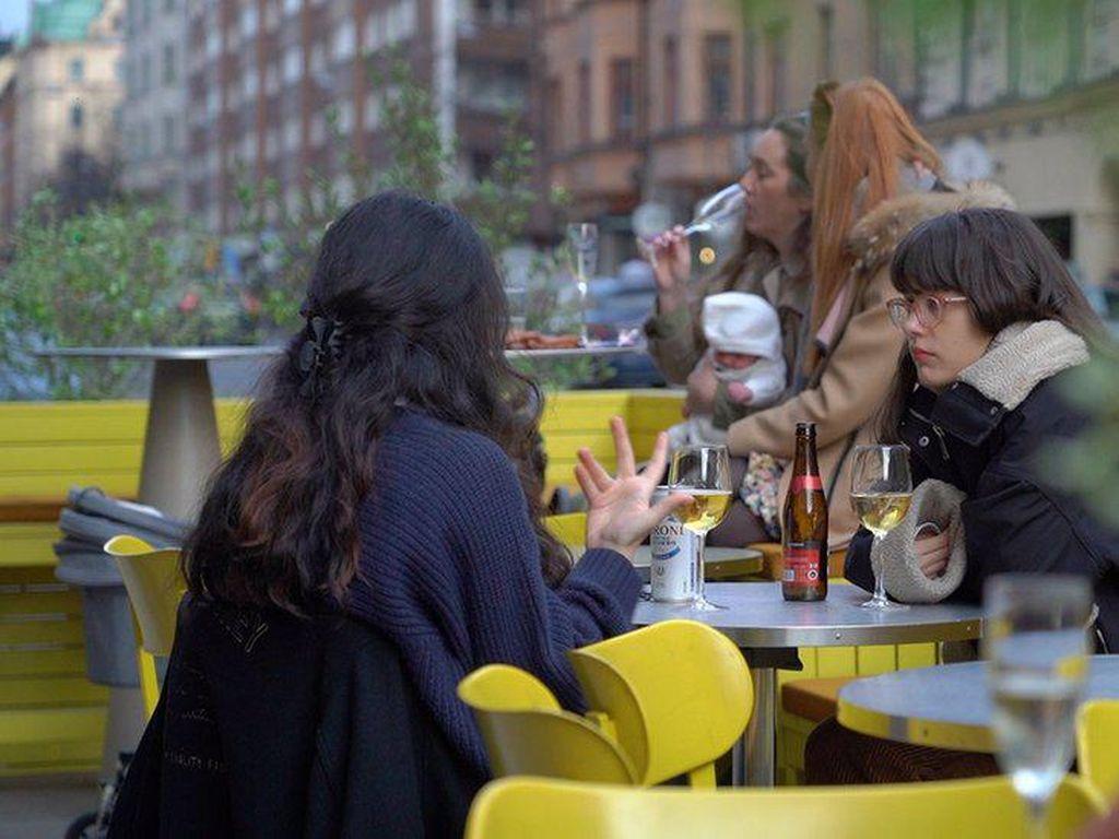 Menangani Pandemi: Pelajaran Santai dari Swedia