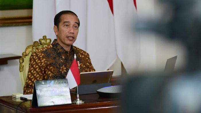 Presiden Jokowi memimpin rapat terbatas soal antisipasi mudik Lebaran 2020