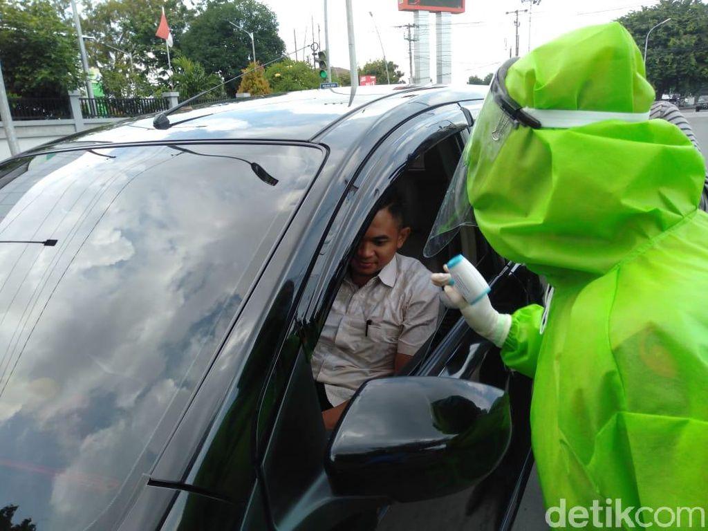 Isolasi Wilayah Kota Tegal, Petugas Periksa 150-an Kendaraan Per Hari