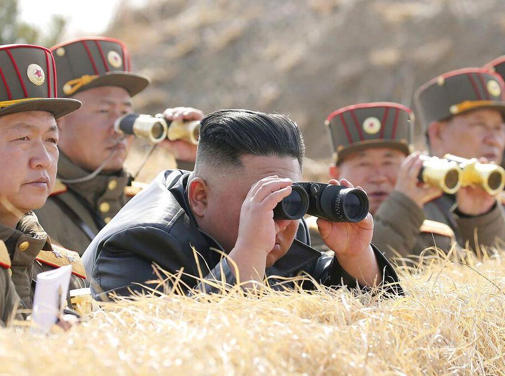 Kim Jong Un Manjakan Sektor Militer, Saham BUMN Berguguran