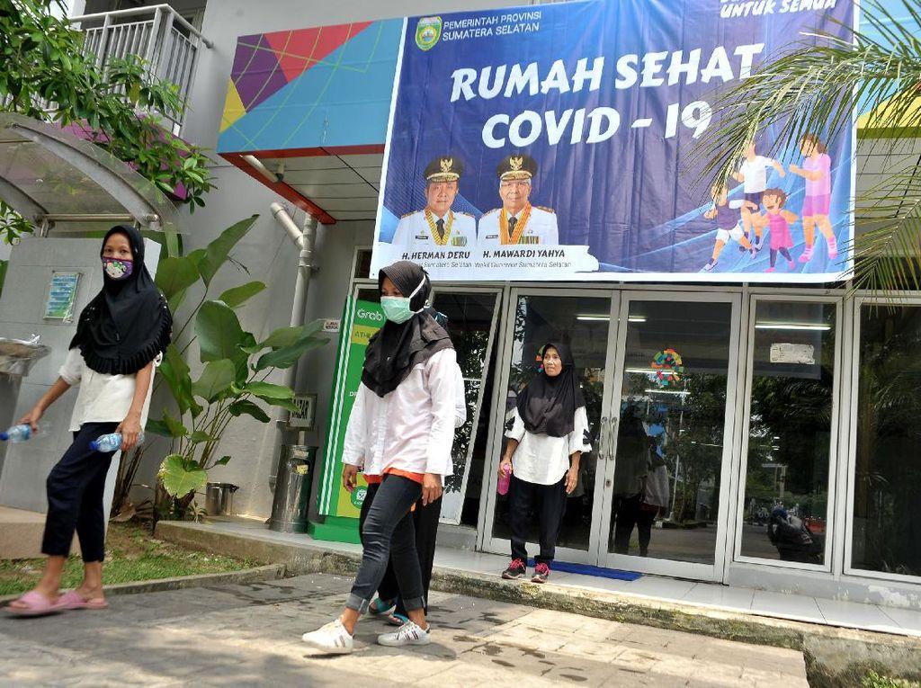 Video Evakuasi 34 Mahasiswa Bethel Petamburan ke RS Wisma Atlet