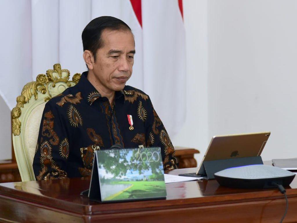 Jokowi: Sekarang, Semua yang Keluar Rumah Wajib Pakai Masker!