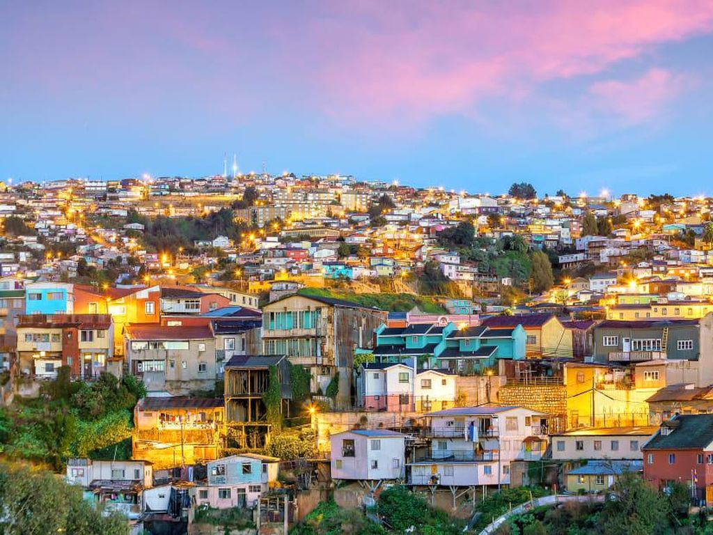Chile Buka Perbatasan Buat Turis Asing Bulan Desember Ini