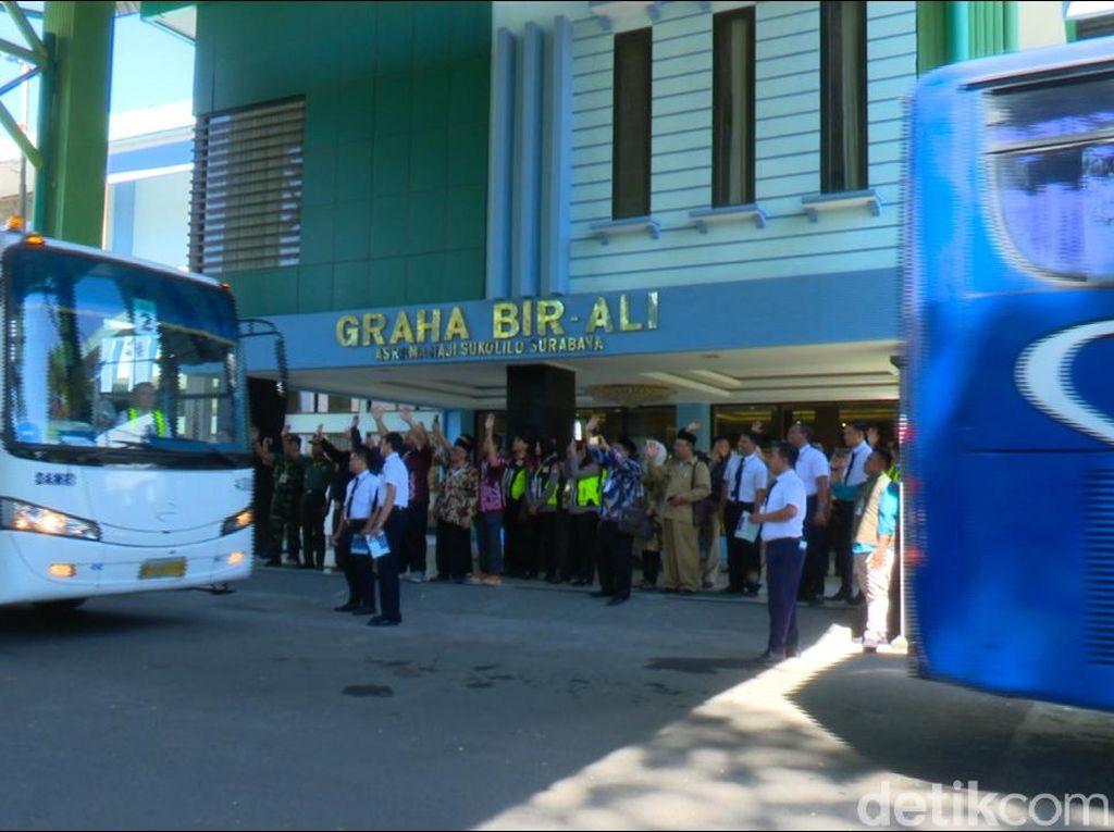 Pelatihan Petugas Haji Se-Jatim di Surabaya Saat Wabah Corona, 4 Positif