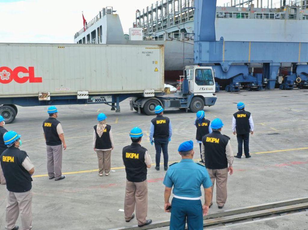 Edhy Prabowo Lepas Ekspor 3.200 Ton Hasil Perikanan ke 13 Negara