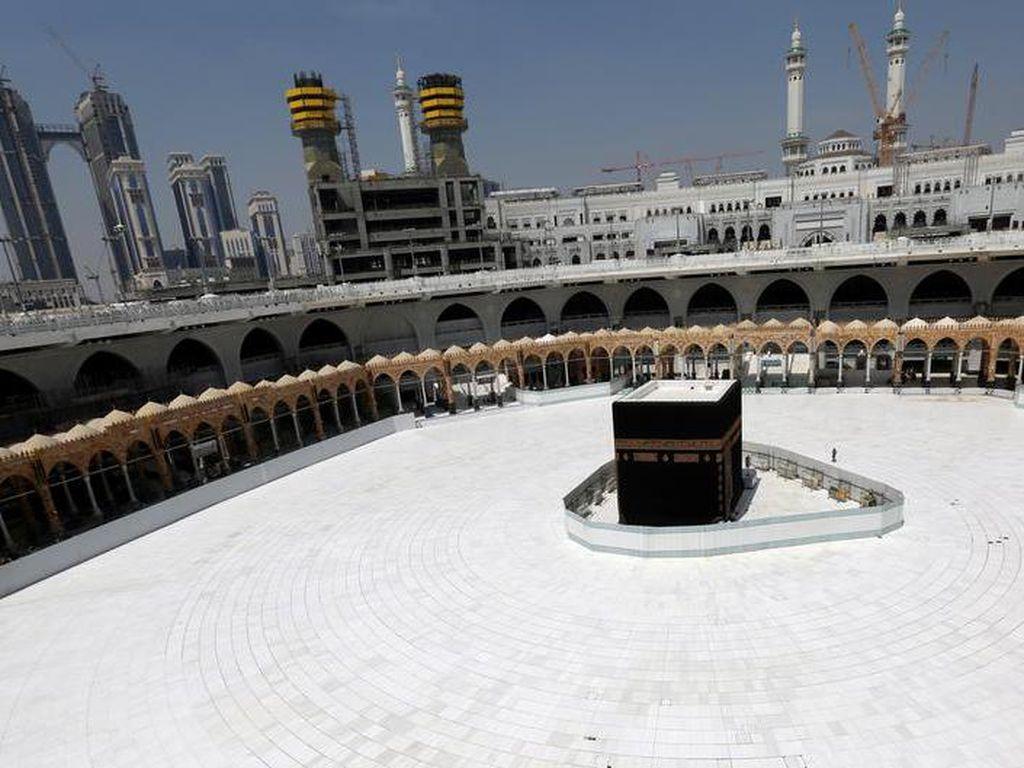 Ikhlas Batal Haji Demi Kemanusiaan