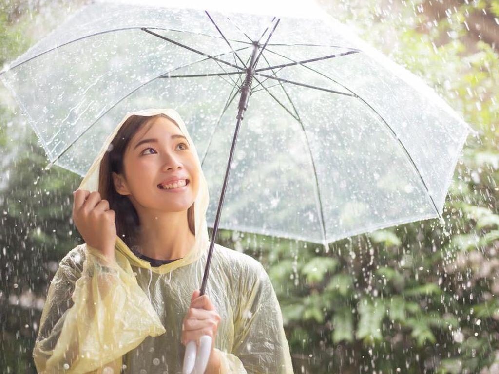 Ternyata Bukan Hujan-hujanan yang Buat Orang Mudah Sakit
