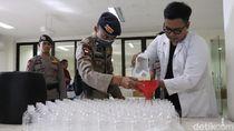 Hand Sanitizer dari Arak Bali Siap Edar