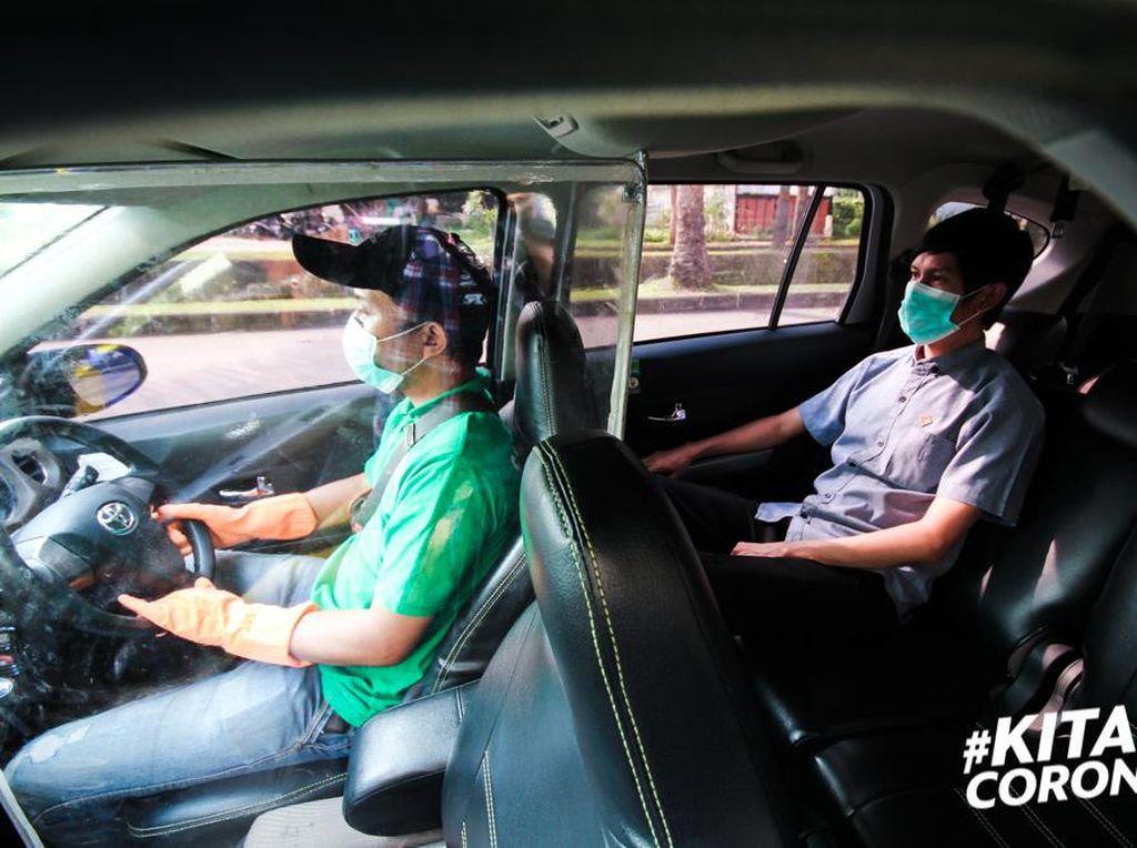 Grab Siapkan Armada untuk Petugas Medis Indonesia, Mobilnya Dipartisi Plastik