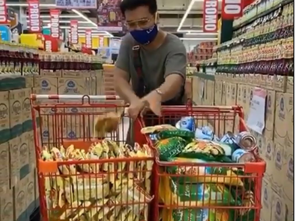 Heboh Netizen Borong Bahan Makanan, Ternyata Untuk Tujuan Mulia