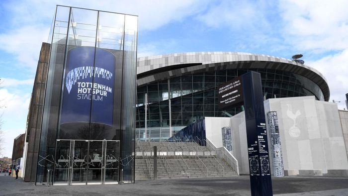 LONDON, ENGLAND - MARCH 14:  Signs outside Tottenham Hotspur Stadium show the next two matches cancelled due to the Cvid-19 Virus on March 14, 2020 in London, England. (Photo by Shaun Botterill/Getty Images)